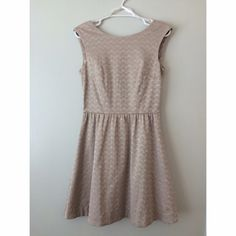 Gray H&M Dress Preloved. Very neutral dress w/ gold zipper at the back. Questions, comment below.                                                            No Trades H&M Dresses Midi