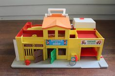 Vintage Children's Toy - Fisher Price Play Family Village 997 (1973) on Etsy, $20.00