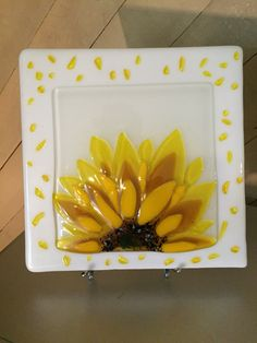 Fused glass sunflower https://www.etsy.com/shop/BlazingStarArts