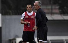 Vecchio coloca o Santos na briga por título e aguarda primeira chance  http://santosfutebolarte.omb10.com/SantosFutebolArte/placar-de-santos-x-ponte-preta