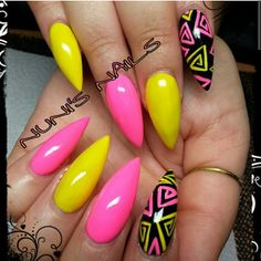 summer nails . If you  this you will ❤❤❤ @BellaBellaKiya go follow her ❤