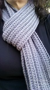 Meet the Ridges and Ribs Scarf!