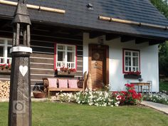 add picture to album Chalet Style, Vernacular Architecture, Cottage Homes, Traditional House, Sweet Home, Home And Garden, Farmhouse, Exterior, Pictures