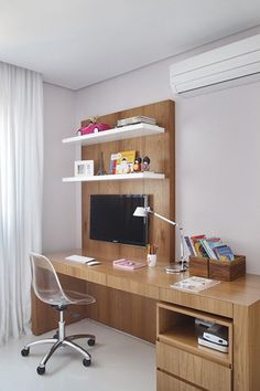 Browse pictures of home office design. Here are our favorite home office ideas that let you work from home. Shared them so you can learn how to work. Home Office Design, Home Office Decor, Office Furniture, Furniture Design, House Design, Office Ideas, Desk Ideas, Office Style, Workspace Design