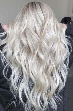 Blonde Hair Colour Shades, Platinum Blonde Hair Color, Blonde Hair Looks, Icy Blonde, Cool Hair Color, Platnium Blonde Hair, Platinum Blonde Highlights, Hair Highlights, Platinum Blonde Hairstyles