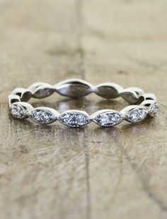 Anniversary ring one day