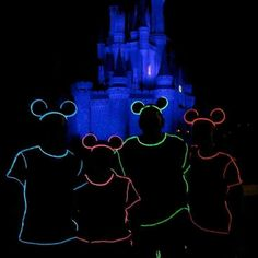 Glow mickey. El wire. Amazon.com