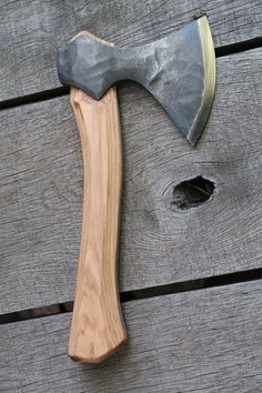 NEW Universal carving axe Blacksmith Tools, Blacksmith Projects, Cool Knives, Knives And Swords, Wood Axe, Axe Handle, Knife Patterns, Viking Axe, Homemade Weapons