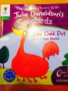 Il secondo libro della serie phonics scritto da Julia Donaldson. Devo dire molto apprezzato dai bambini di casa.
