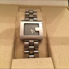 Vintage authentic  Gucci watch. Silver Gucci watch. Gucci Accessories Watches Gucci Accessories, Gucci Watch, Michael Kors Watch, Designer Handbags, Designer Bags, Designer Purses, Watches Michael Kors