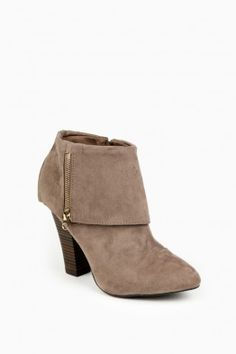 9cb696725095 Abram Ankle Boots in Taupe Head Over Boots