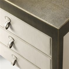 Promemoria, made in Italy: Gong bedside cabinet, project by Romeo Sozzi. Bedside table, structure in bronze, covering in fabric or leather. Bronze knobs for the fabric version, knobs in leather for the leather version. Inside of the drawers in oak. Available with hammered bronze structure. #piso18casa #masaryk #promemoria #luxury #luxurylifestyle #qualitybrand #beautifullifestyle #madeinitaly #italiandesign #contemporarydesign #contemporaryinteriors #contemporary #modern #modernfurniture…
