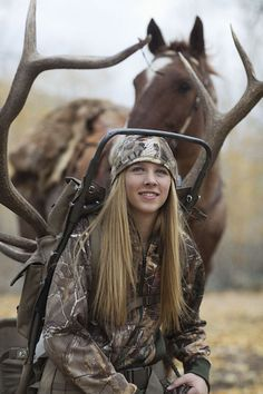 Photo Shoot with a Elk Hunter Challenges Photographer's Views On Hunting Amazing! – Photo Shoot with a Elk Hunter (named Harlee) Challenges Photographer's Views On Hunting Deer Hunting Tips, Deer Hunting Blinds, Hunting Girls, Coyote Hunting, Archery Hunting, Hunting Gear, Women Hunting, Archery Girl, Crossbow Hunting