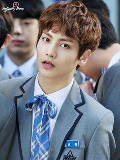 Kwon hyeob kwon hyeop produce 101 season 2 He kinda looks like Lee Minho