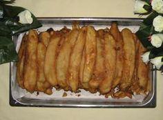 Vandaag een heerlijke snack namelijk Bakabana (pisang goreng) om in de rust lekker te genieten. Bakabana betekend in het Nederlands gebakken bananen. Ingrediënten: - 2 rijpe bananen - 1 dl water (half glas) - een halve theelepel bakpoeder - 50 gram bloem...