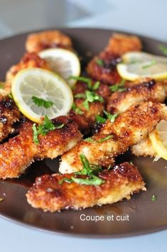 Eat Stop Eat To Loss Weight - Poulet croustillant au citron et salade fenouil/courgette - In Just One Day This Simple Strategy Frees You From Complicated Diet Rules - And Eliminates Rebound Weight Gain Tapas, Frango Chicken, Food Porn, Salty Foods, Cooking Recipes, Healthy Recipes, Comfort Food, Crispy Chicken, Lemon Chicken