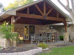 Image from http://www.deckedoutpatios.com/images/back1.jpg.