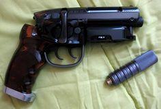 "Propsummit.com a Blade Runner Prop Community Forum BladeRunnerProps.comView topic - Marushin ""Tomenosuke PRO"" Blaster Japan"