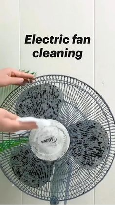 Diy Home Cleaning, Household Cleaning Tips, Cleaning Recipes, House Cleaning Tips, Spring Cleaning, Cleaning Hacks, Diy Cleaners, Cleaners Homemade, Simple Life Hacks