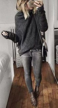 62 Ideas fashion autumn casual black skinnies Source by mmaaksmith winter outfits Casual Winter Outfits, Winter Outfits 2019, Winter Outfits Women, Dress Casual, Winter Fashion Casual, Dressy Outfits, Skirt Outfits, Winter Style, Trendy Fashion