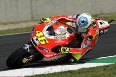 Valentino Rossi 46, Moto Bike, Love Car, Motorcycle Helmets, Motogp, Cars And Motorcycles, Foto E Video, Super Cars, Ferrari