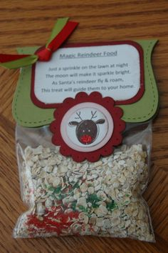 Magic Reindeer Food Handmade Gift Christmas Green & Red. I love this!  Aidan just asked to make some yesterday :)