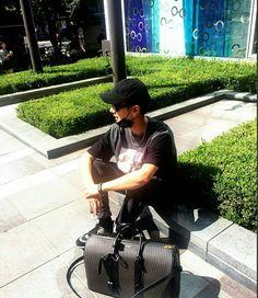 He always has fancy bags. #yesung