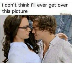 Im jealous of veronica... I mean look at how he is biting his lip....♤ ♡