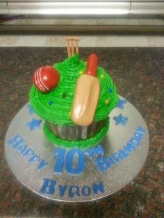 Cricket ball and bat giant cupcake