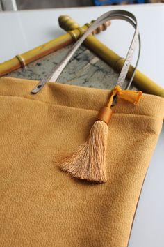 Sac à main femme cabas tote bag revisité jaune et par HasbeenDeco