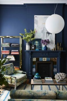 This family room makeover has a mid-century modern vibe that's comfortable, welcoming and totally kid-friendly. The styling is by Alex Living Room Green, Chic Living Room, Living Rooms, Cute Dorm Rooms, Farmhouse Kitchen Decor, Living Room Inspiration, Cheap Home Decor, Decoration, Living Room Designs