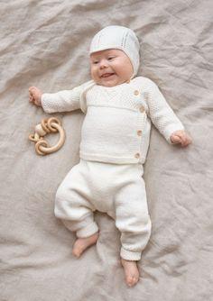 Oppskrifter - Baby - Strikke - Norsk - Sandnes Garn Knitting Help, Knitting Yarn, Baby Alpaca, Alpaca Wool, Mulberry Silk, Comfortable Outfits, Baby Hats, Crochet Baby, Kids
