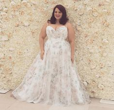 Only one more week until the Callista Trunk show ends and also it ends our 10% off of your gown purchase. Check out our blog on one of our favorite dress which is a floral ballgown from the collection. It's a perfect wedding for spring and definitely will make a statement. #plussizebride #curvybride # plussizeweddingdress # curvyweddingdress  https://www.strutbridalsalon.com/callista-bridal-plus-size-wedding-dress-trunk-show/