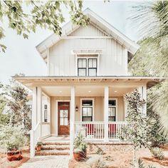 Dream House Exterior, Dream House Plans, American Farmhouse, Modern Farmhouse, Coastal Farmhouse, Farmhouse Plans, Farmhouse Decor, Dream Home Design, My Dream Home