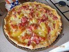 La meilleure recette de Tarte aux pommes de terre & cancoillotte! L'essayer, c'est l'adopter! 5.0/5 (3 votes), 6 Commentaires. Ingrédients: 1 pâte feuilletée, 3 oeufs, 15 cl de crème liquide, 3 oignons, lardons fumés, 1 pot de cancoillotte, pomme de terre, gruyère, sel & poivre,