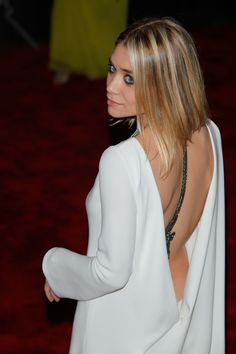 I don't have the dress, nor am I Ashley Olsen. She just looks so elegant!