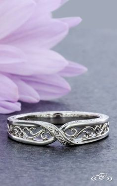 Delicate Platinum Twist Wedding Band with Dainty Milgrain and Filigree Details.   Green Lake Jewelry   108351