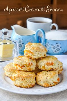 Apricot Coconut Scones - tender scones with great coconut flavour and sweet chunks of apricot baked right in. A dainty, delicious addition to afternoon tea. Coconut Scones Recipe, Best Scone Recipe, Apricot Scones Recipe, Sweet Scones Recipe, Coconut Recipes, Apricot Recipes, Breakfast Recipes, Dessert Recipes, Breakfast Muffins