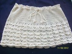 """Free pattern for """"A Cream Skirt""""...would probably make it longer but I like the stitch!"""
