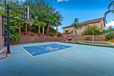 175 Tidewater Range Las Vegas, NV www.lasvegashomes.com Agent: Jameson & Stagg basketball court