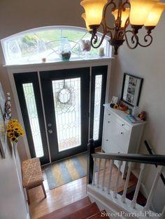 Huge window above door - so much light!!!