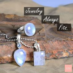 Rainbow Moonstone Ring, Moonstone Earrings, Moonstone Pendant, Gemstone Jewelry, Silver Jewelry, Jewelry Quotes, Fashion Necklace, Fashion Jewelry, Jewelry Design