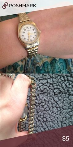 gold watch stretchy gold watch, it doesn't work but it's cute for fashion Accessories Watches