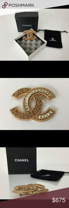 """NEW AUTHENTIC CHANEL PIN BROOCH GOLD COLOR W/POUCH LIMITED EDITION   2017 Cruise Caribbean Collection   CHANEL PERFECTION   Simple Elegant Glamorous Chic    Beautiful timeless classic AUTHENTIC CHANEL pin.   Dimensions are approximately 2.3"""" x 1.7""""    Can be used on your jacket, sweater, hat, belt, bag, scarf, etc.   Very glamorous and sophisticated!  Nice gift for yourself!  This CHANEL pin brooch is authentic, brand new, and unused. In perfect condition.  The tiny authentic oval CHANEL…"""