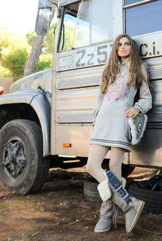 Look Olena Dress y Bolso Zhenya Free Spirit, Winter Boots, Ibiza, Boho Fashion, Boho Chic, Hipster, Bohemian Gypsy, Hippy, Ethnic