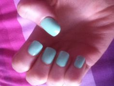 Love these nails for summer!!! Mint acrylic nails that look real for €1.49