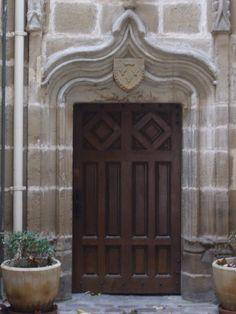 Door, place Latreille, Brive la Gaillarde, France