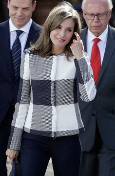 http://www.newmyroyals.com/2017/11/queen-letizia-of-spain-visits-mexico.html