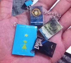 Mini Book Charms (with tutorial) – geeky budgeting in manila Cute Diys, Cute Crafts, Diy And Crafts, Mini Books, Book Club Books, Book Art, Charm Jewelry, Jewelry Crafts, Book Jewelry