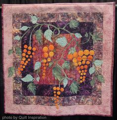 The Grapes by Aliza Inbar, Israel. 2014 PIQF, photo by Quilt Inspiration